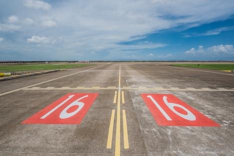 マカオ国際空港16滑走路(写真:マカオ民航局)