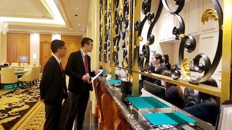 マカオギャンブル監理当局DICJによるカジノ仲介業者のカジノ施設における営業拠点に対する立入検査の様子(写真:DICJ)