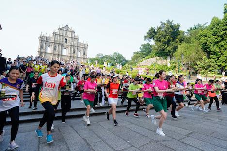 世界遺産・聖ポール天主堂跡前からセナド広場までのコースで開催されたトレイ・レース=2019年9月27日(写真:GCS)
