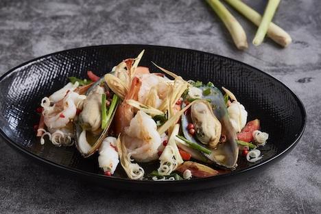 コンラッドマカオ「グランドオービット」のタイ料理フェアのメニューイメージ(写真:Conrad Macao, Cotai Central)
