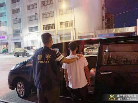 聖ポール天主堂跡一帯で盗撮を繰り返したとして逮捕された男(写真:マカオ治安警察局)