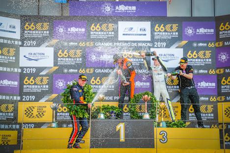 「サンシティグループF3マカオグランプリ-FIA F3ワールドカップ」表彰式。リチャード・ヴェルショール選手が初優勝=2019年11月17日、マカオ・ギアサーキット(写真:GCS)